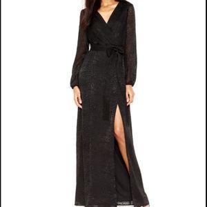 Jessica Simpson long sleeve maxi dress!